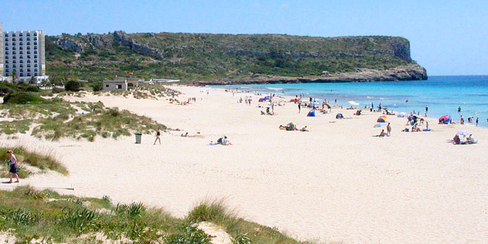Menorca the guide to the south and east coast resorts and beaches of